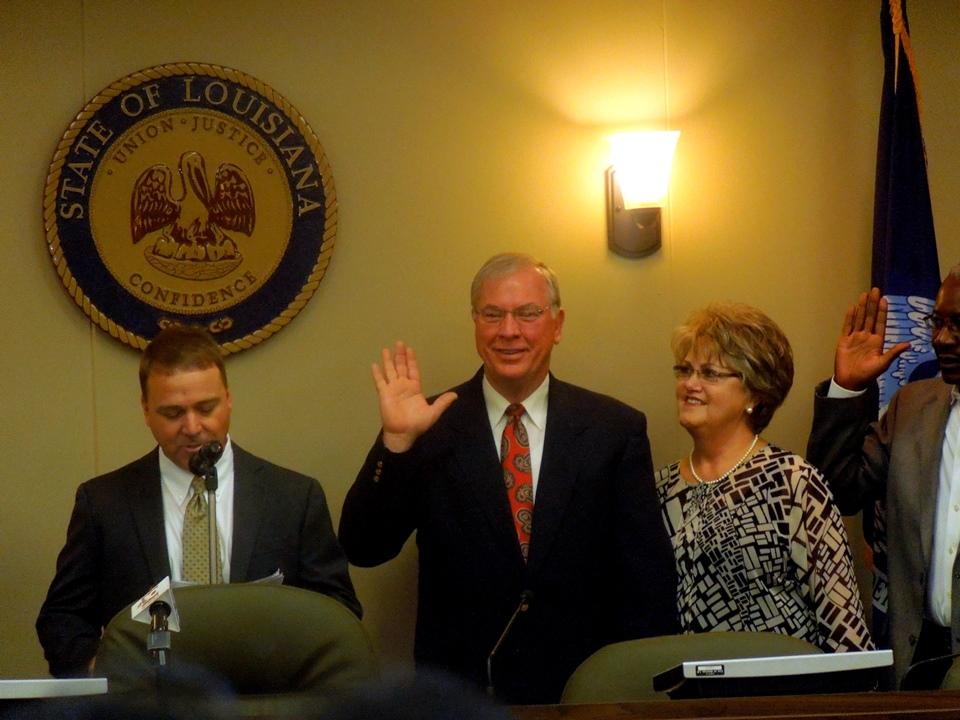 Robert Shaw Being Sworn In as City Councilman